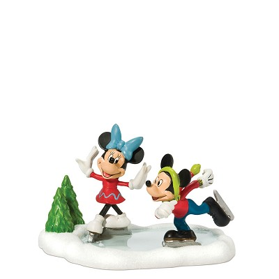 Mickey & Minnie Go Skating,811274
